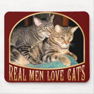 Gatos reales del amor de los hombres alfombrilla de raton