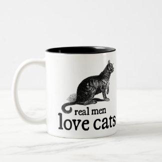 Gatos reales del amor de los hombres taza de café de dos colores