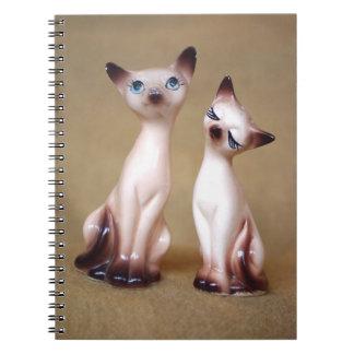 Gatos siameses del vintage cuaderno
