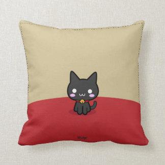 Gatto ♥ Bunnie (cute pillow) Throw Pillow