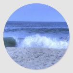 Gaviota de HDR que desnata olas oceánicas Pegatina