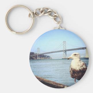 Gaviota del puente de San Francisco Bay Llavero Redondo Tipo Pin