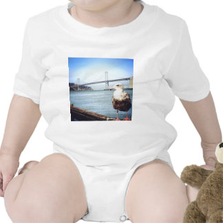 Gaviota del puente de San Francisco Bay Trajes De Bebé
