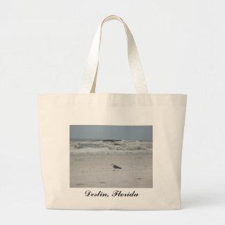 Gaviota en la playa bolsas de mano
