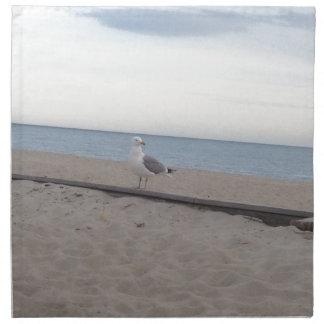 Gaviota en la playa servilleta de papel