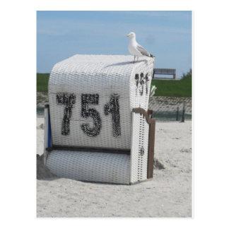 Gaviota en Strandkorb a Mar del norte Postal