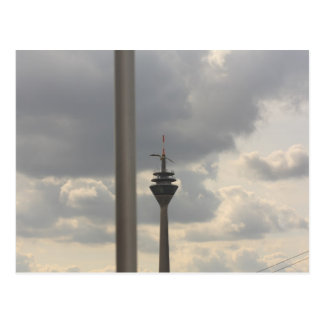 gaviota sobre duesseldorf tarjeta postal
