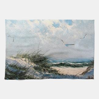 Gaviotas en la playa toalla de cocina