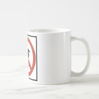 Gaviotas prohibidas taza básica blanca