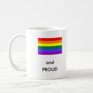 ¡Gay y orgulloso! Taza Básica Blanca