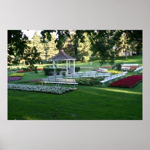 Gazebo Sioux Falls SD del blanco de jardín de flor Impresiones