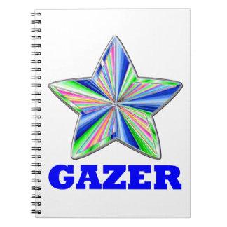 Gazer de la estrella destacado en azul cuaderno