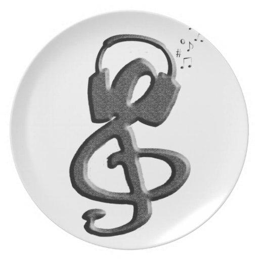 Gclef negro con las auriculares platos