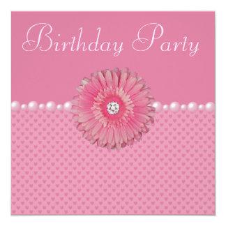 """Gebera rosado, perlas y fiesta de cumpleaños de invitación 5.25"""" x 5.25"""""""