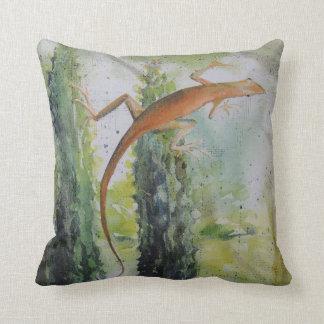 Gecko on the Window Screen Throw Pillow