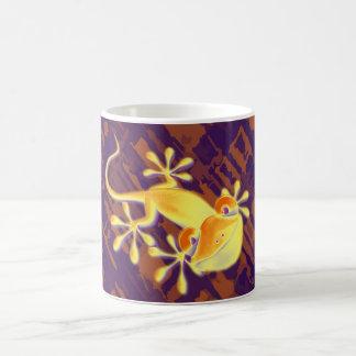 Gecko sonriente - modelo anaranjado violeta taza