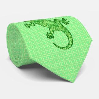 Gecko tribal del batik - cal y verde esmeralda corbata personalizada