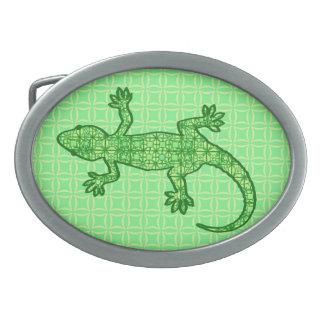 Gecko tribal del batik - cal y verde esmeralda hebillas de cinturón ovales