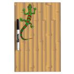 gecko y bambú tableros blancos