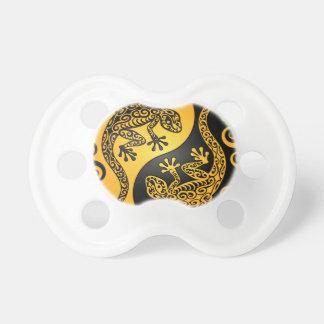 Geckos amarillos y negros de Yin Yang Chupetes