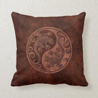 Geckos de piedra ásperos de Brown Yin Yang Cojin