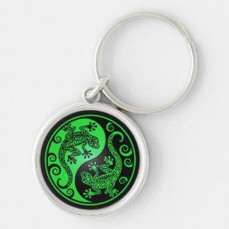 Geckos verdes y negros de Yin Yang Llavero Redondo Plateado
