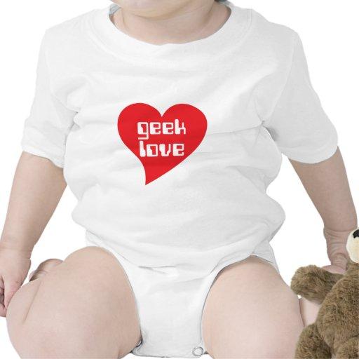Geek Love by Genepool Design Tshirts