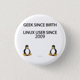 Geek since birth. Linux user since 2009. Button