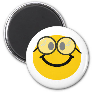 Geeky smiley magnet