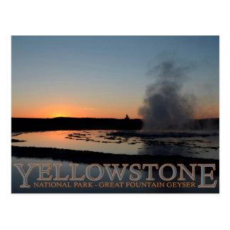 Géiser de la fuente del parque nacional de tarjetas postales