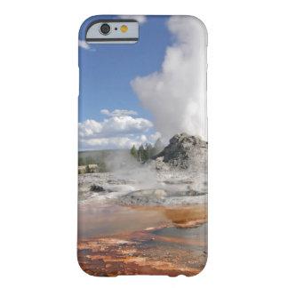 GÉISER DEL CASTILLO DE YELLOWSTONE FUNDA DE iPhone 6 BARELY THERE