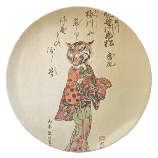 Geisha del tigre con el estampado de flores plato de comida