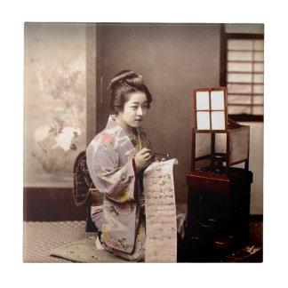 Geisha japonés del vintage - escritor de letra azulejo cuadrado pequeño