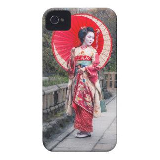 Geisha japonés en Kyoto iPhone 4 Case-Mate Coberturas