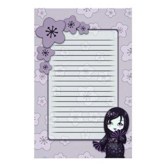 Geisha lindo negro y flores de cerezo púrpuras ali papelería de diseño