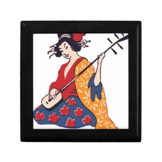 geisha playing instrument gift box