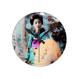 Geisha with a Wagasa Paper Parasol Vintage Japan Round Clock