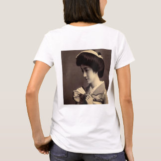 Geisha with Folding Paper Fan In Old Japan T-Shirt