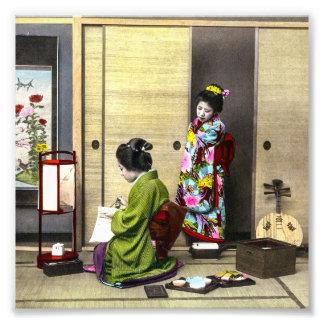 Geisha y su Meiko en el viejo vintage de Japón Cojinete