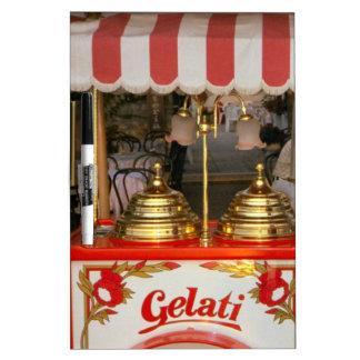 Gelati helado italiano pizarra blanca