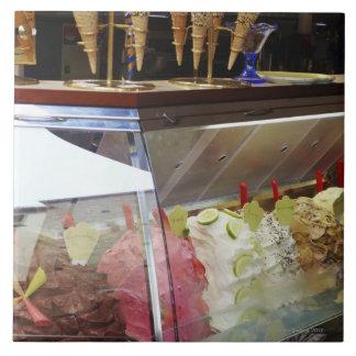 Gelato italiano en vitrina azulejo cuadrado grande