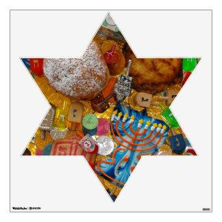 Gelt, Dreidels, Menorah, Sufganiot, & Latke Wall Sticker