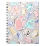 Gemas en colores pastel de la aguamarina del rosa  libretas