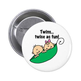 Gemelos de la vaina de guisante dos veces como div pin redondo 5 cm
