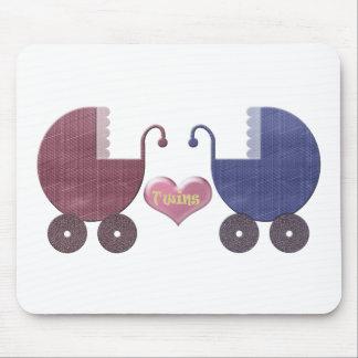 Gemelos del bebé del muchacho y del chica, diseño  alfombrillas de raton