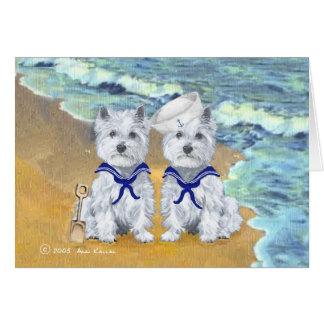 Gemelos del marinero de Westie en la playa Tarjeta De Felicitación