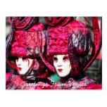 Gemelos en la postal de Venecia