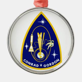 Gemini 11 Conrad and Gordon Round Metal Christmas Ornament