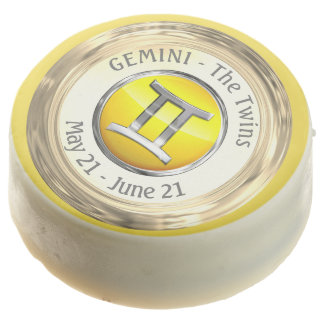 Gemini - The Twins Zodiac Sign Chocolate Dipped Oreo