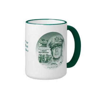 Gen. MacArthur I ha vuelto (la impresión verde) Tazas De Café